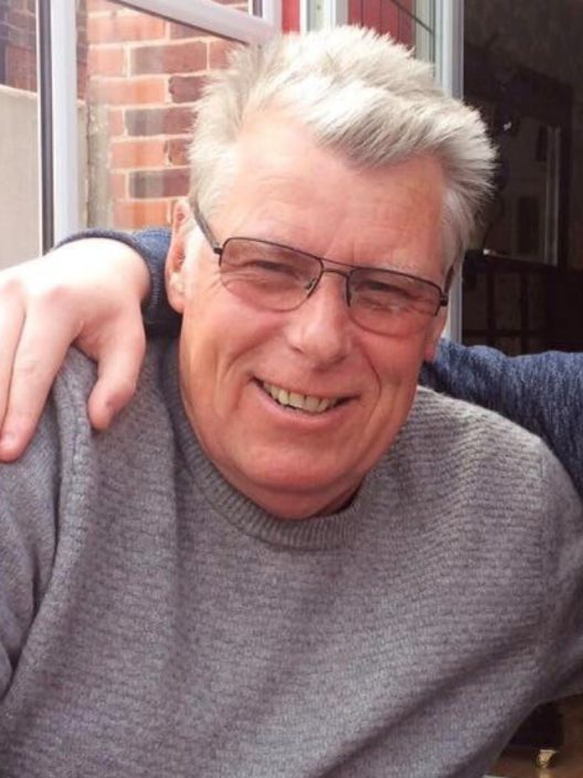 Mr Richard Thomas Winton